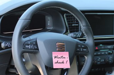Lenkrad Seat Leon mit Wintercheck Post-it